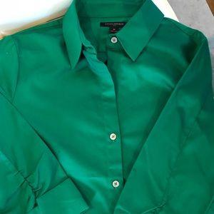 Emerald green Banana Republic button up shirt